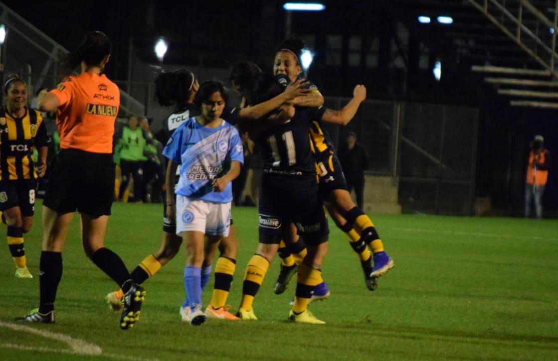 Central goleó a Villa San Carlos — Femenino