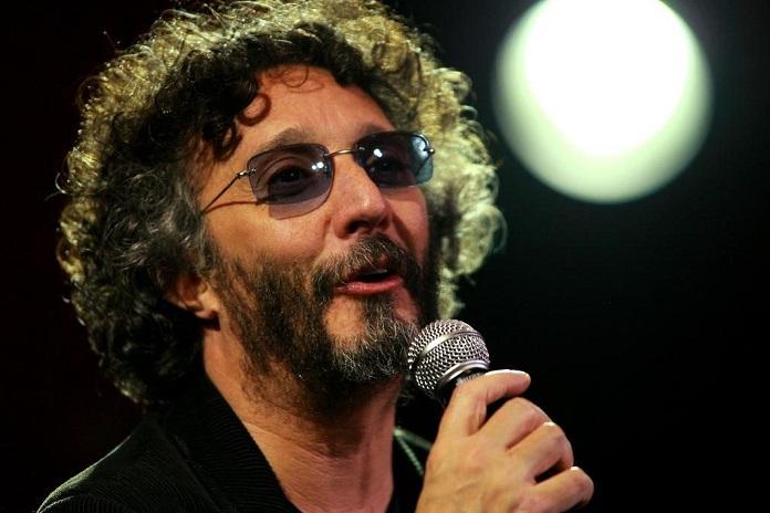 Fito Páez dará otro concierto en vivo desde su casa